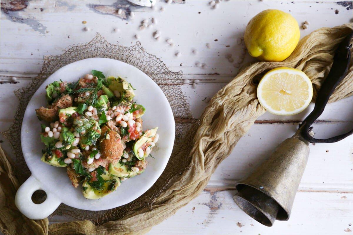 Vikki's Haricot Bean and Barley Rusk Salad